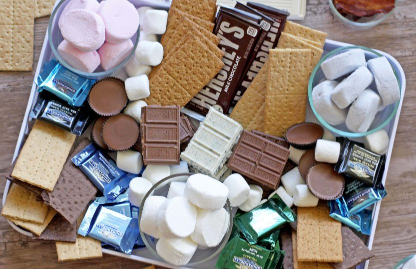 Easiest Ever Smores Bar Platter | Spoonful of Easy #smoresbar
