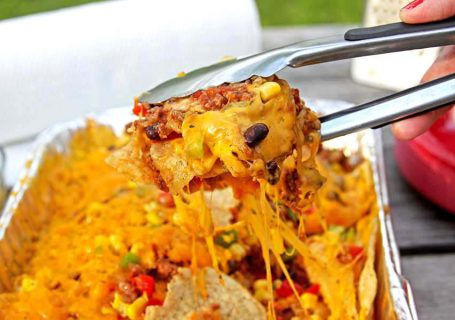 Easy Nachos on the Grill | Spoonful of Easy #easydinner #easy nachos #nachosrecipe #grillnachos