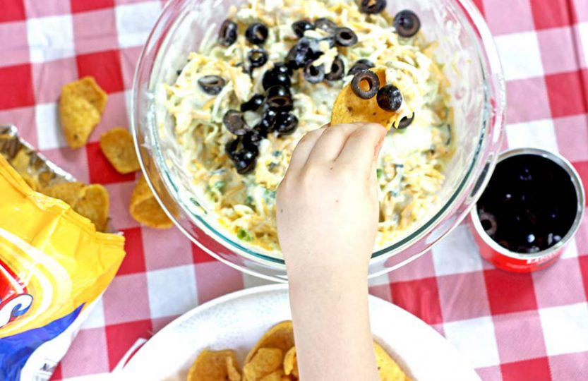 Green Goddess Dip - get ready to tailgate!
