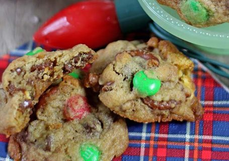 Salty and Sweet Chocolate Chip Cookies