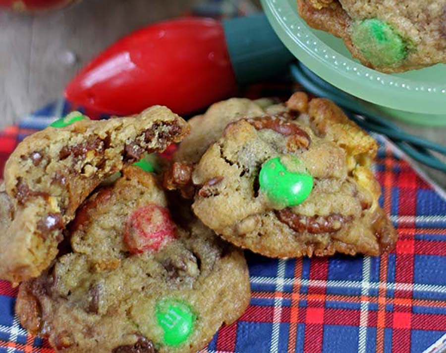 Sweet & Salty Chocolate Chip Cookies