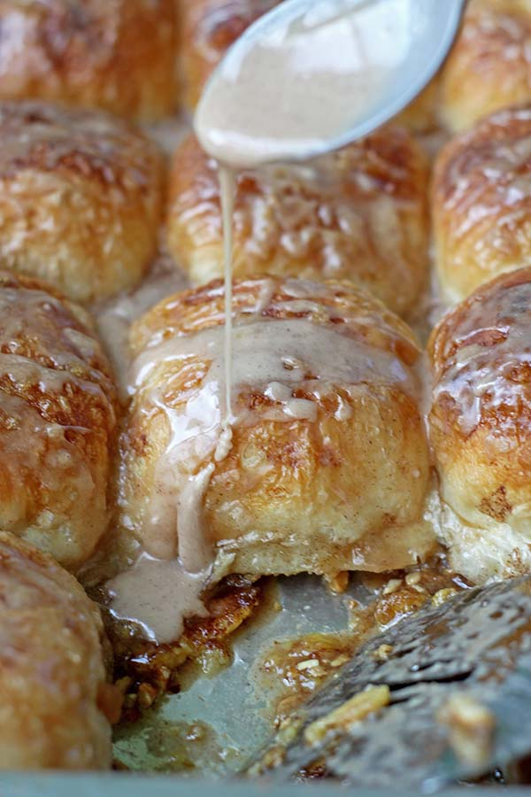 Overnight Caramel Rolls using Rhodes Dough #easybreakfast #overnightbreakfast