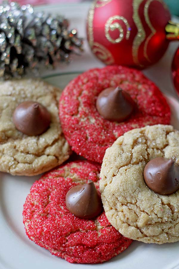Peanut Butter Blossom Cookies #cookies #christmascookies