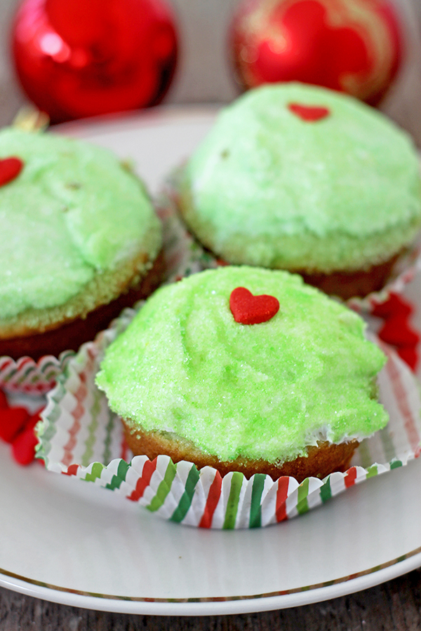 Easy Grinch Cupcakes