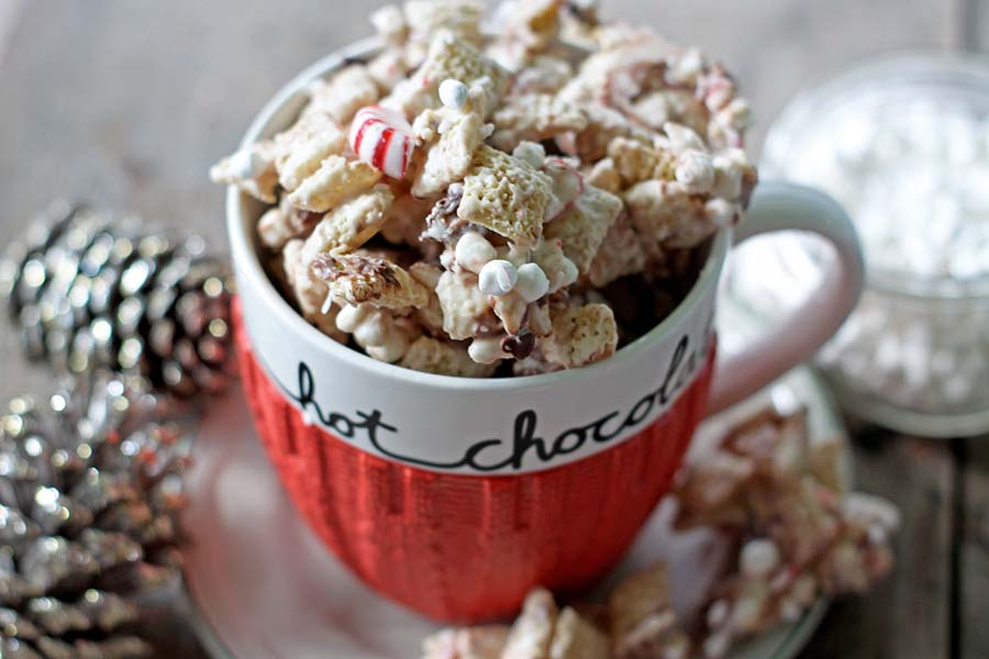 Peppermint Hot Chocolate Chex Mix