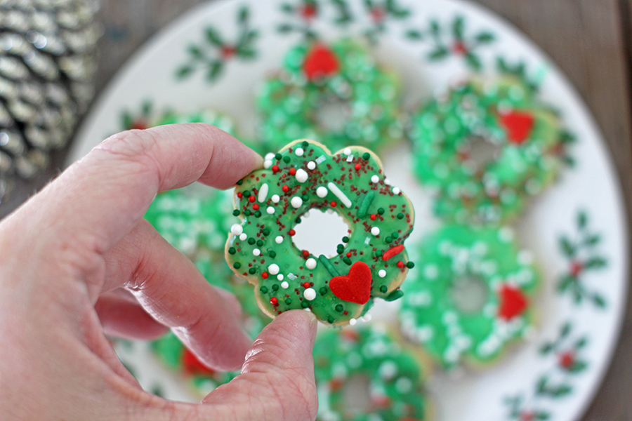 Easy Butter Cookie Wreaths